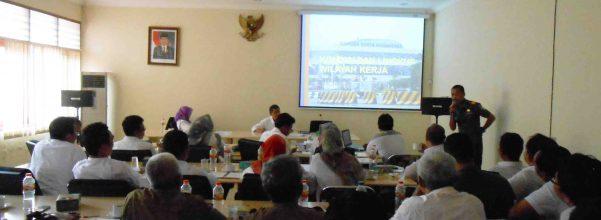 rapat evaluasi