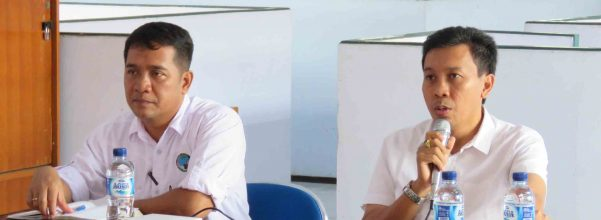 Sumpena, SP (Kepala SKW V Banyuwangi) bersama Drh. Agus Ngurah Krisna Kepakisan, M.Si (Kepala Bidang KSDA Wilayah III Jember)